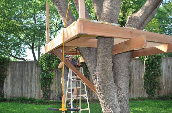 How to Build a Tree House for Kids