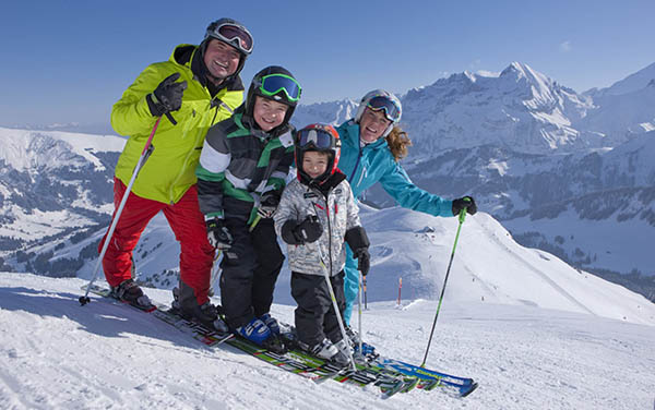 Skiing with Kids: How to Make it A Successful Trip?