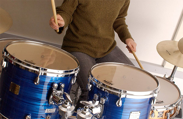 Choosing The Right Drumsticks for Your Kids