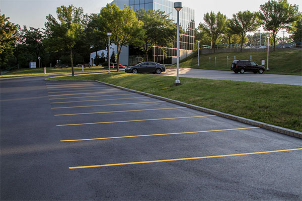 Choosing The Best Parking Lot Repair Contractor