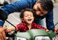 How to ride motorcycles safely with your children